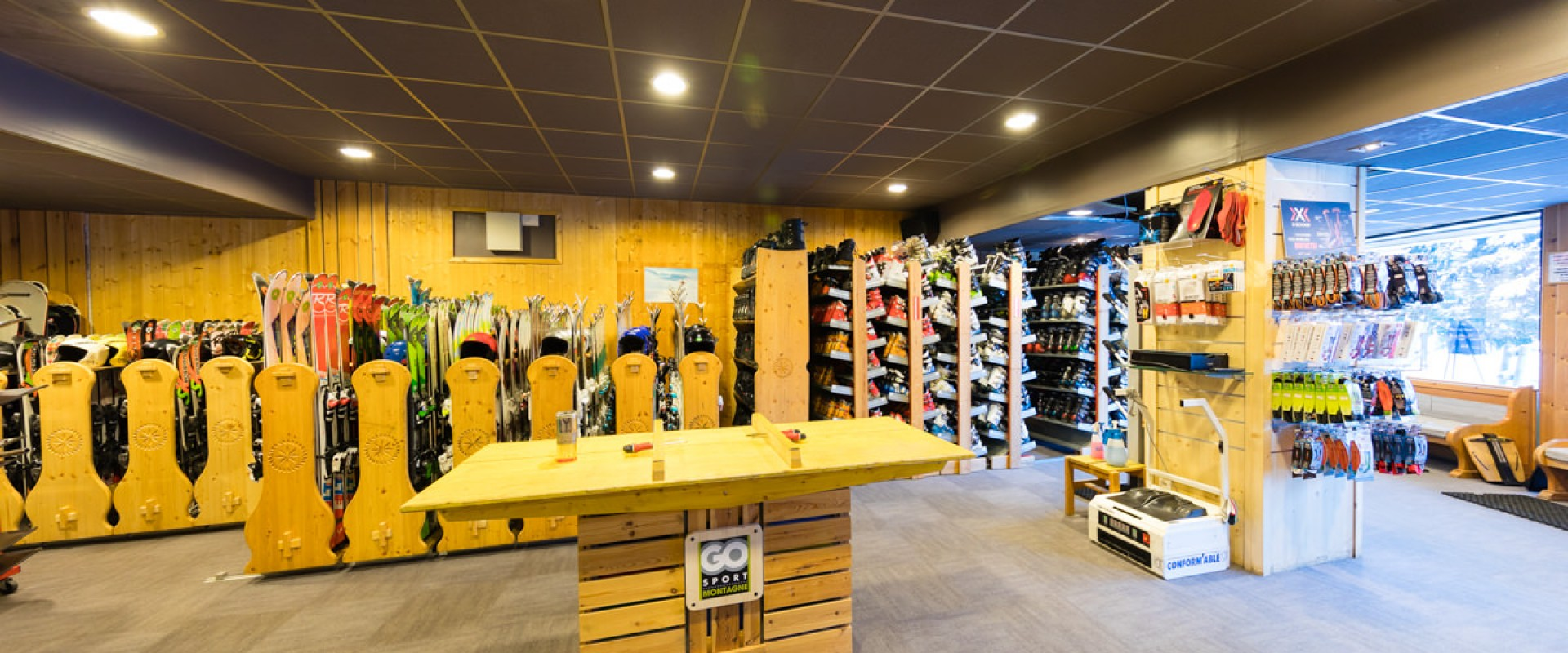 Sports shops in Flaine - Simond Sports